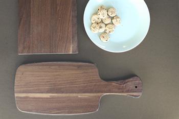 why choose a walnut cutting board
