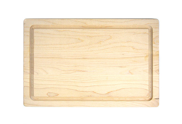 Small board with rounded edges and juice groove