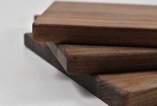 Why You Should Be Using Hardwood Cutting Boards